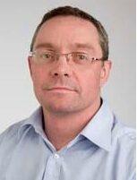Dr David Pilcher