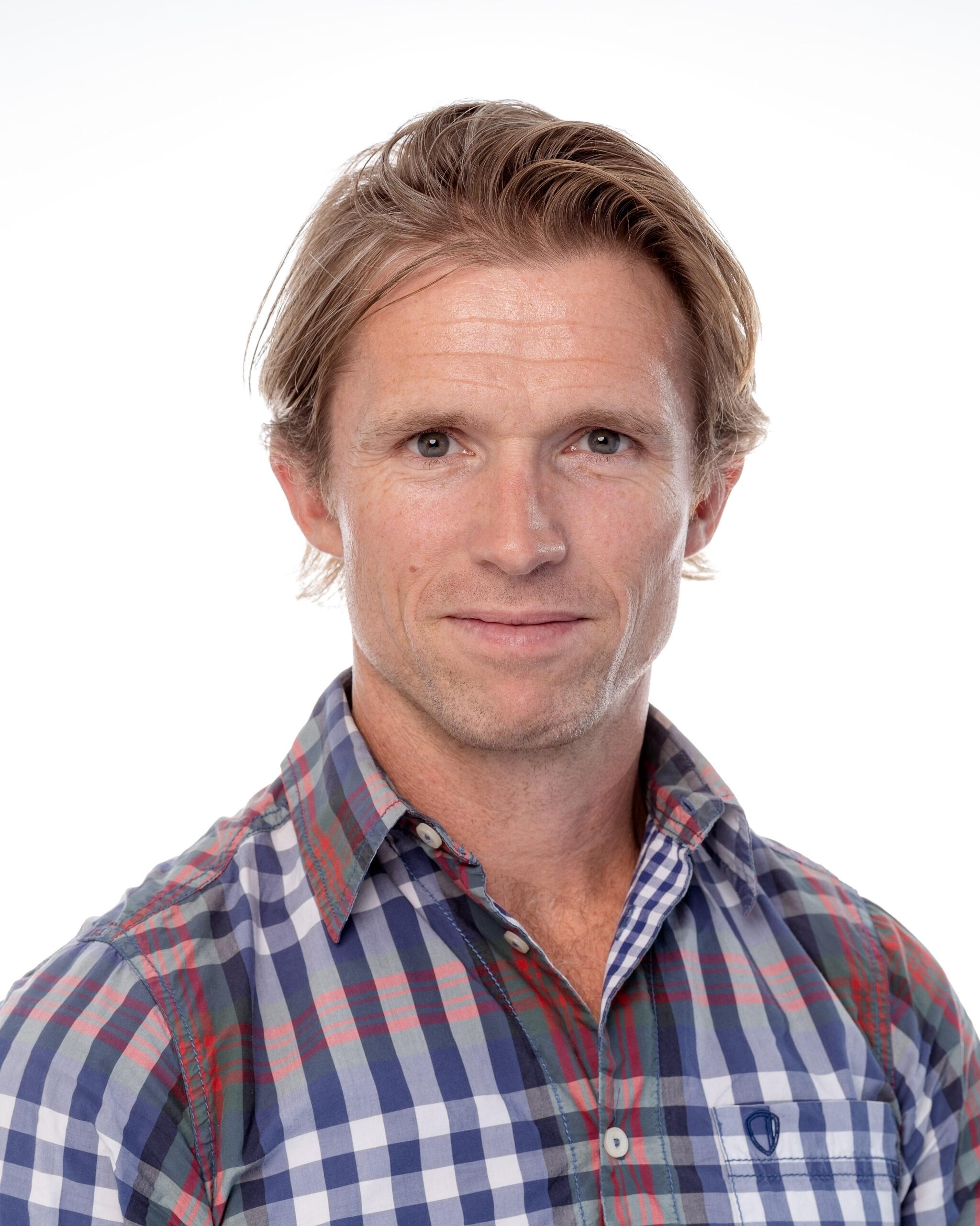 Dr Michael Farquharson